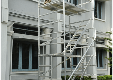 What are the Advantages of Using Mobile Scaffolding?